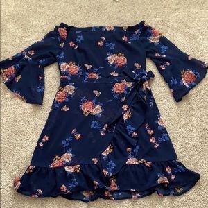 Xhilaration size L floral dress